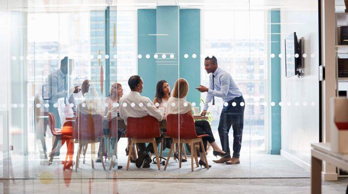 Aprendizado Entre CEOs: Como Aplicar O Benchmarking Na Empresa?