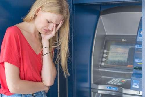 Por Que Eu Não Posso Esquecer Das Contas Em Débito Automático?